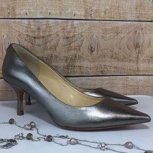 Ivanka Trump Silver Pewter 6M Heels